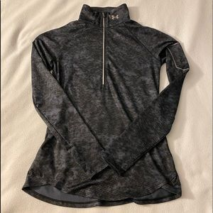 Under Armour 1/2 Zip with Flat Reflection Pockets